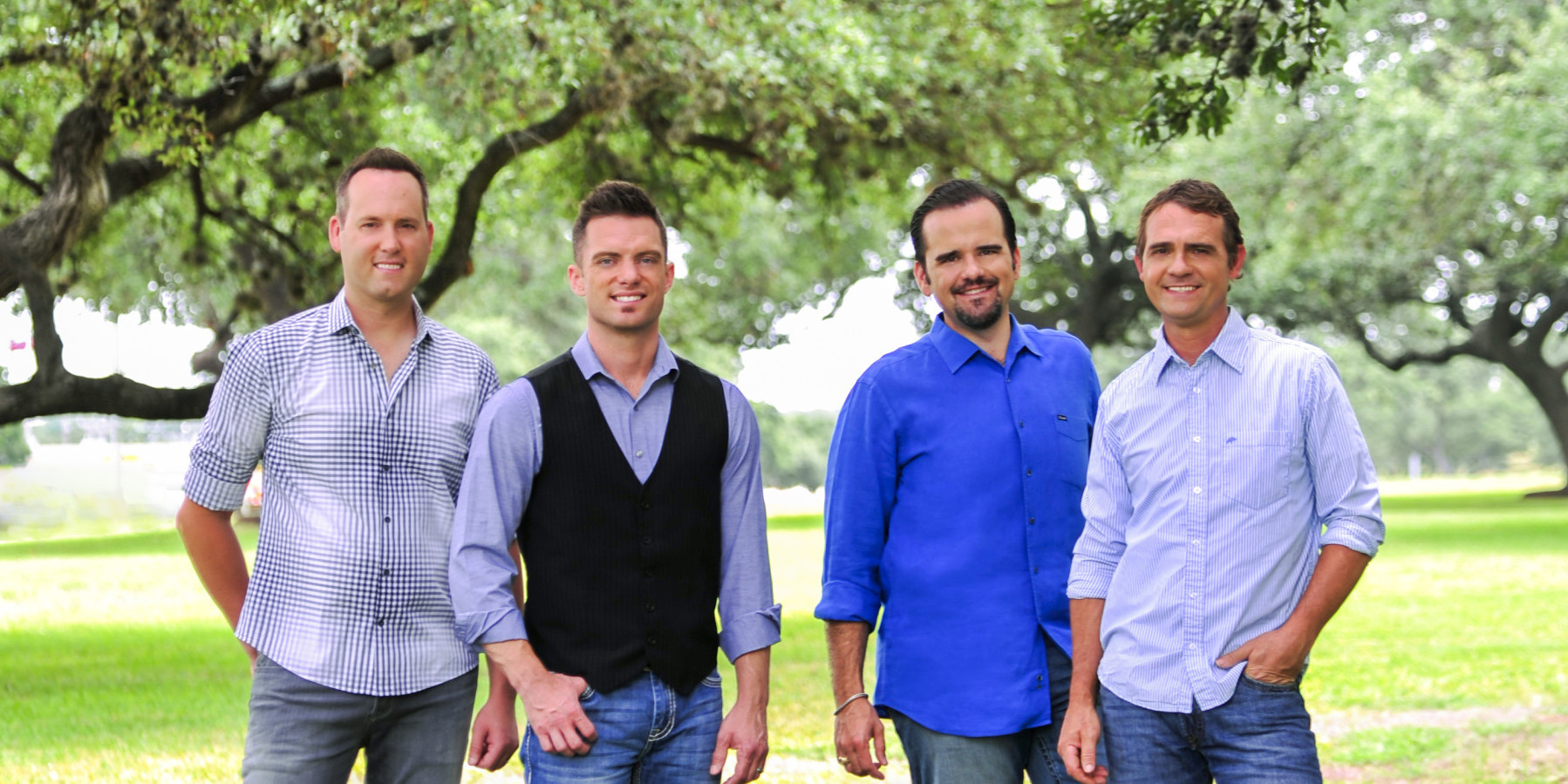 COUNTRY RADIO IN HARMONY WITH CANTON JUNCTION'S 'A BIG OLE TEXAS CHRISTMAS'
